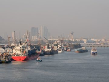 container port mumbai vessels ships sea